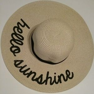 HELLO SUNSHINE HAT NWOT!